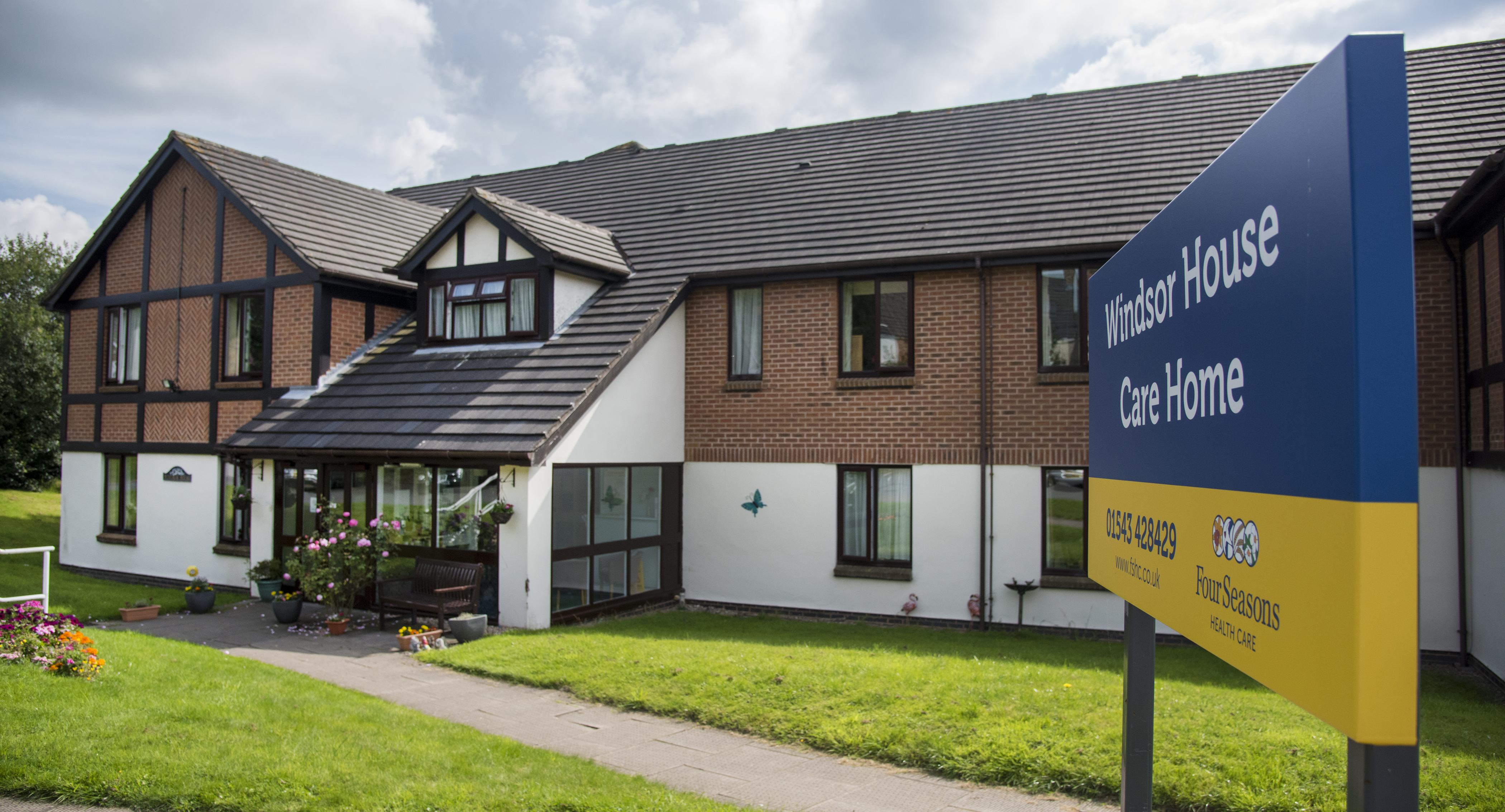 Windsor house care home hednesford cannock care home for Windsor house